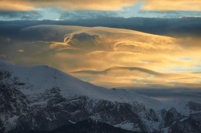 Niedzwiedz w chmurach 21